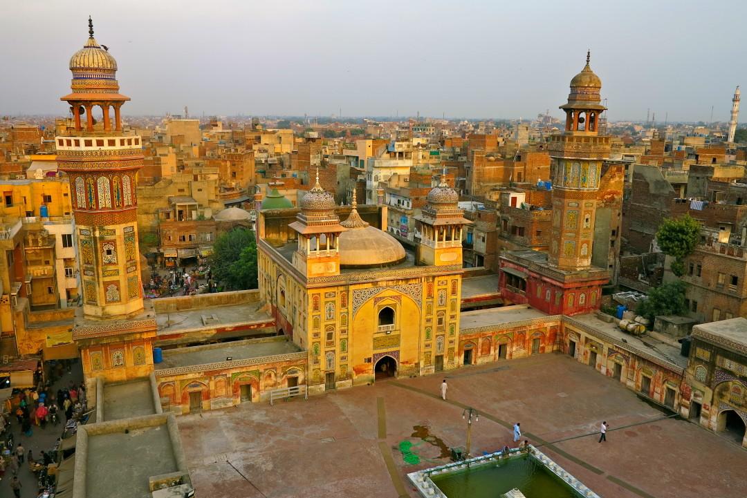Wazir Khan Mosque ©freidaycat